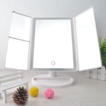 4 az 1-ben nagyító kozmetikai tükör LED-ekkel